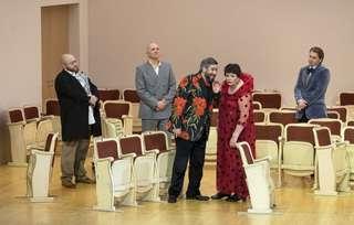 Maxim Paster (Moderator), Stephan Rügamer (Don Jerome), Goran Jurić (Mendoza), Violeta Urmana (Die Duenna) und Bogdan Volkov (Don Antonio)