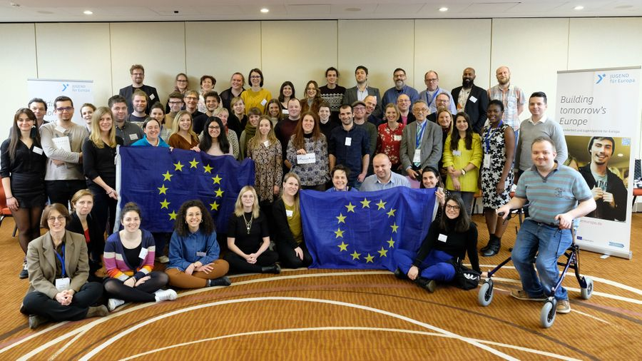 Regaining Europe - European conference family photograph