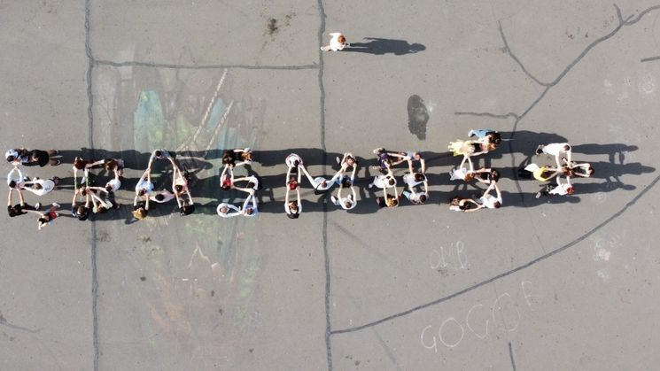 Gruppe der Teilnehmenden aus der Vogelperspektive