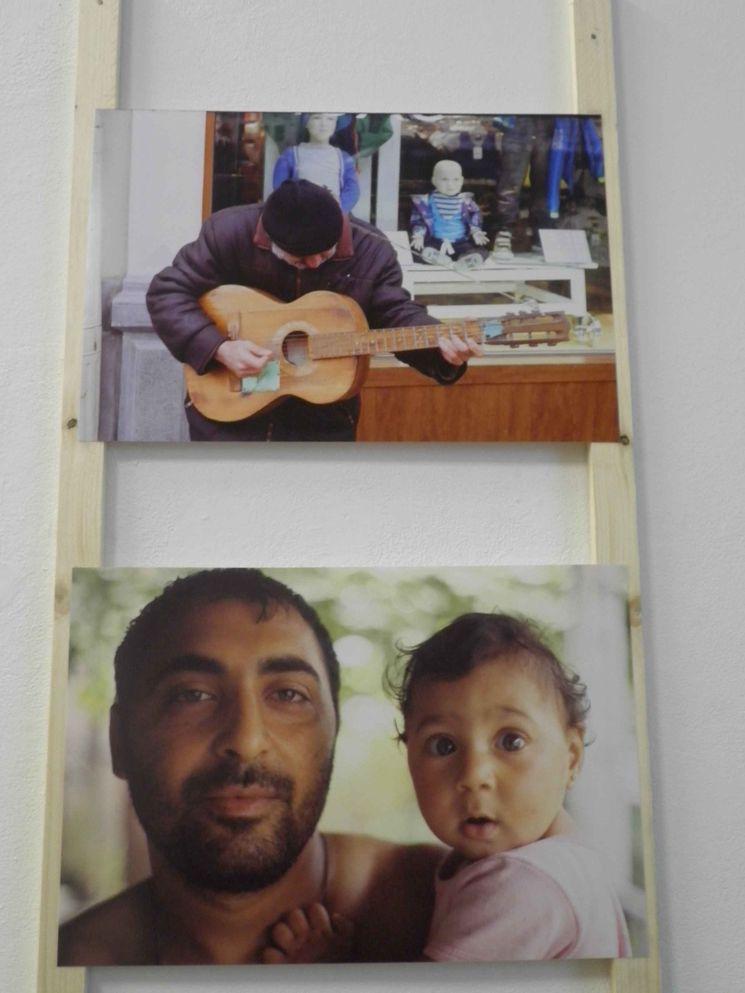 Zwei Bilder der Ausstellung